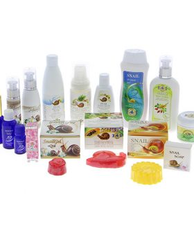 Cosmetics with snail extract