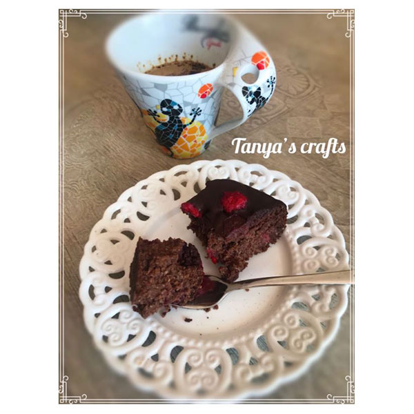 "Къпиново-малинов кейк с бадемово и оризово брашно ""Д-р Кескин"""